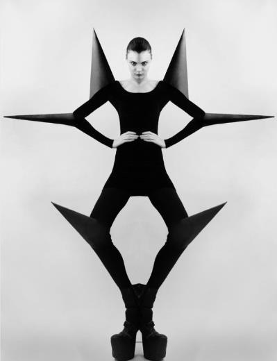 Geometric Fashion, black and white photo.
