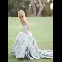 Воздушная невесомость: свадебные платья с рюшами и оборками