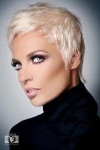 50 Hottest Women Short Hairstyles for Winter 2013 Pictures