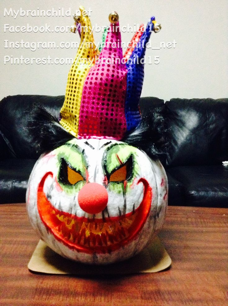2014 scary clown, jester or joker pumpkin carving, painting and decorating.