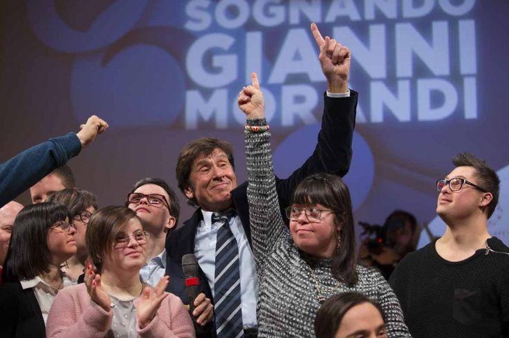 """""""Sognando Gianni Morandi"""", show e backstage"""