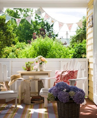 summer living spot: Sweet Calico, Living Spots, Perfect Porches, Peace Porches, Outdoor Decor, House Gardens, Yellow House, Outdoor Spaces, Front Porches