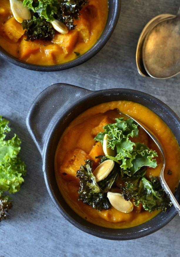 græskarsuppe græskar suppe efterårssuppe grønkålschips opskrift