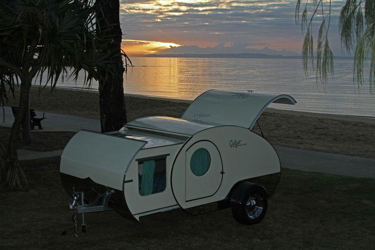 les 25 meilleures id es de la cat gorie caravane gidget retro teardrop sur pinterest mini. Black Bedroom Furniture Sets. Home Design Ideas