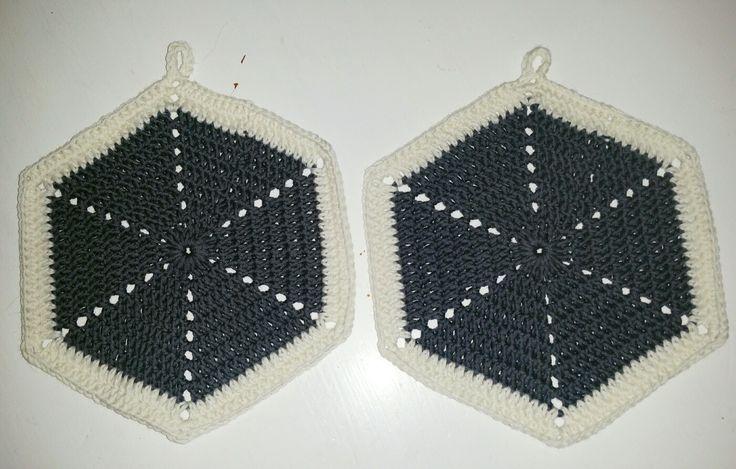 Crochet potholders. Hekla grytekluter. Rask og enkel.
