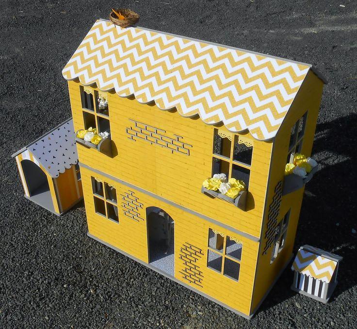 Karynisascrapaholic: Brickwork Dollhouse