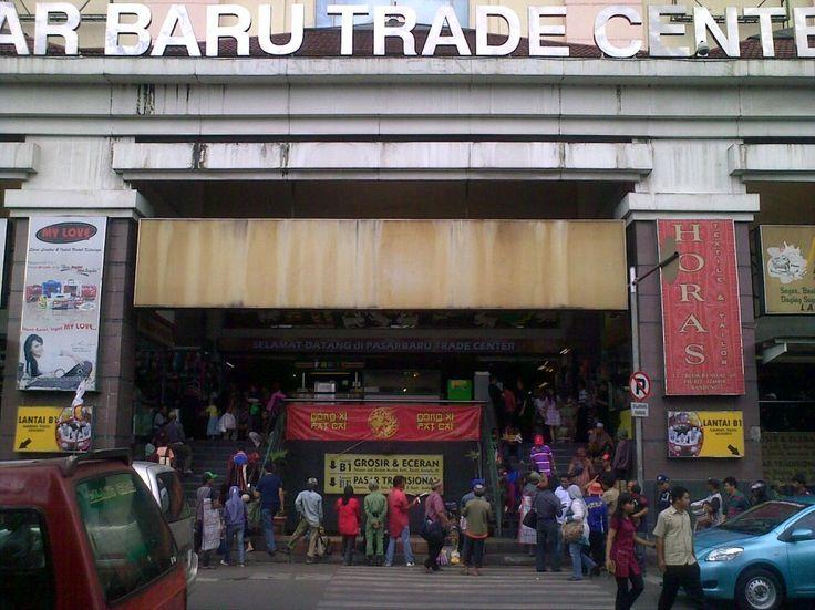 Bandung, Pasar Baru Trade Center Bandung: Wisata Keluarga di Kota Bandung