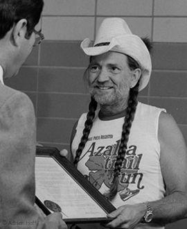 Willie Nelson sporting a 1981 Azalea Trail Run T-shirt. #music #history