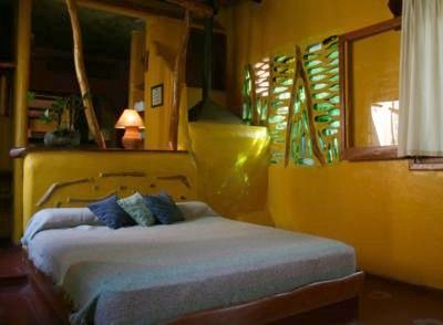 Yacutinga Lodge & Wildlife Nature Reserve  An environmentally friendly Lodge and Private Wildlife Nature Reserve located in the heart of the Argentine Rainforest, surrounded by the Iguaz…