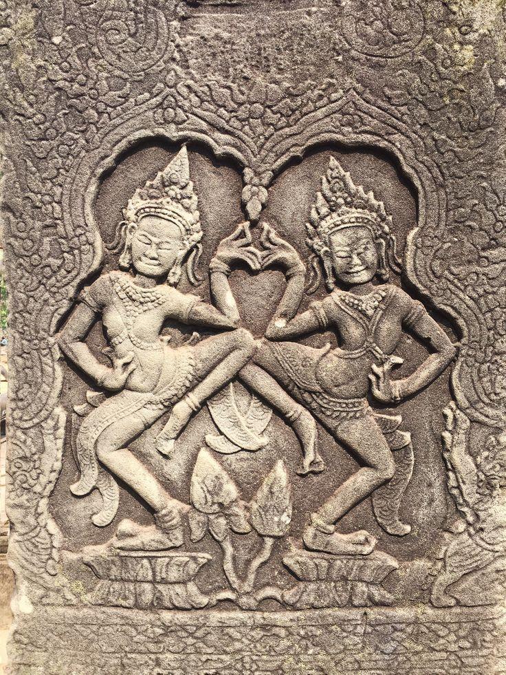 Female Dancers. Angkor Thom, Siem Reap, Cambodia. 26 March 2016.