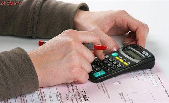 Lidé dosud podali 60 procent daňových přiznání, termín vyprší v pondělí