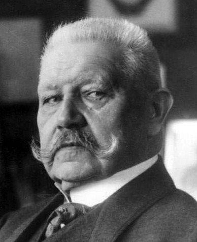 President Paul Ludwig Hans Anton von Beneckendorff und von Hindenburg. (02/Outubro/1847 - 02/Agosto/1934).