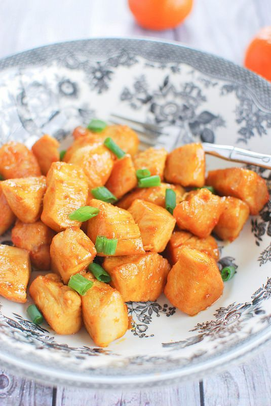 Healthy Orange Chicken - no batter or deep frying and the sauce is made from fresh orange juice!