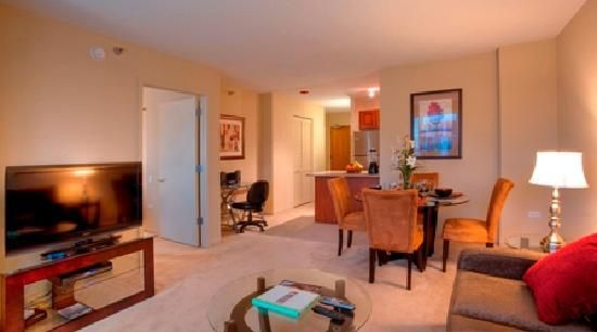 Another Manilow 1st: 55 inch televisions in all one and two bedroom apartments at 215! #chicago #rental #travel