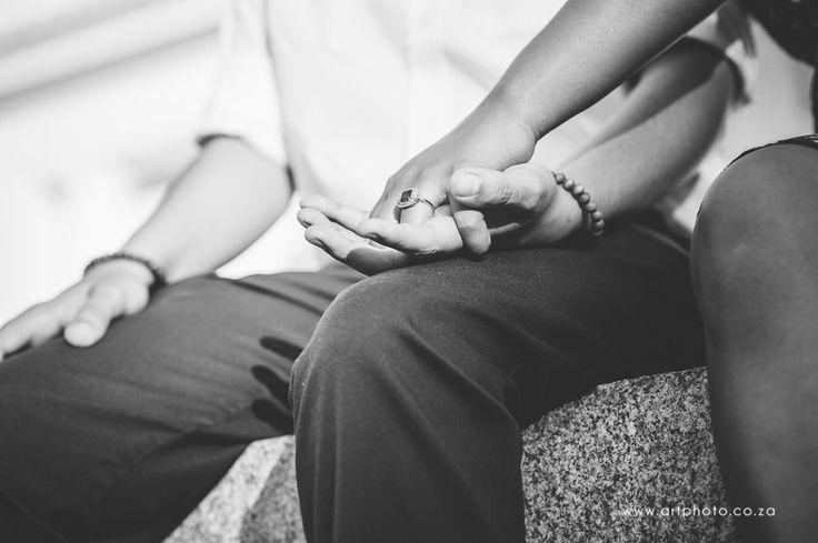E Shoot #LoveShoot #Engagement #EngagementRing www.artphoto.co.za