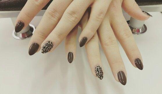 Nagels #tijger #kruis bruin goud glitter