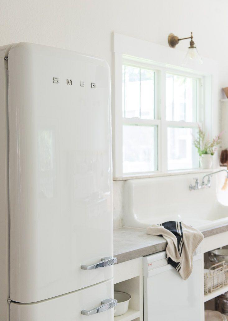 25 best ideas about smeg fridge on pinterest black for Smeg kitchen designs