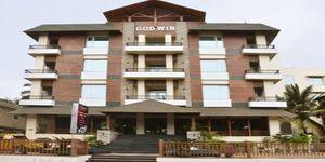 Godwin Hotel (3 Nights with Breakfast )