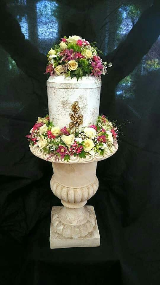 93 Best Urn Flowers Images On Pinterest Funeral Flowers