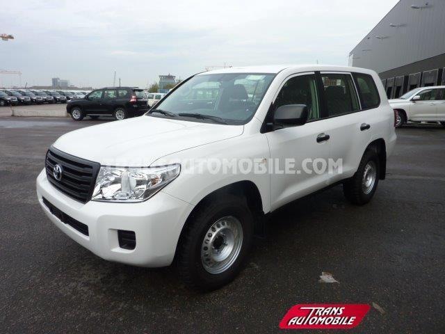 Toyota Land Cruiser 200 Station Wagon 4.5L TD G9 rear swing doors 4X4 (to sale) https://www.transautomobile.com/en/export-toyota-land-cruiser-200-station-wagon/1638?PI