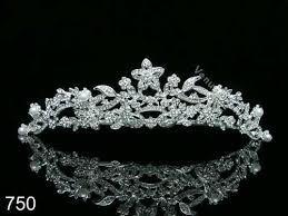 Resultado de imagen para coronas de princesas reales png
