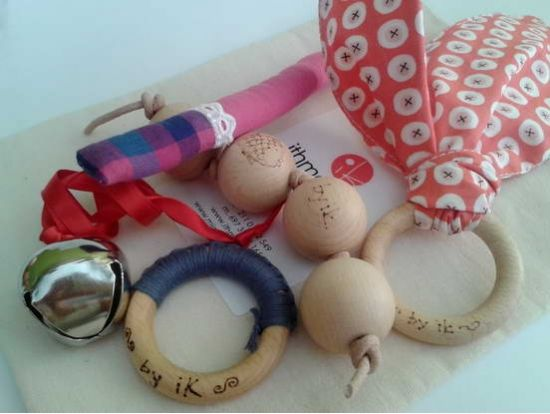 Montessori toys for babies 3-6months old.