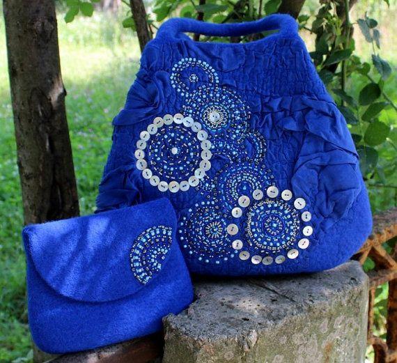 "Blue Felted Handbag and Beautician, 100% wool, ""L'Oiseau bleu"""