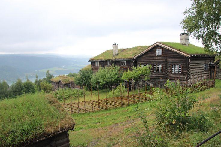 Bjørnstad - storgarden fra Vågå