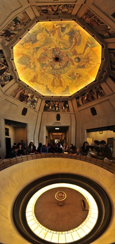 1427006.  Tourists observe Foucault's pendulum at the Griffith Observatory.