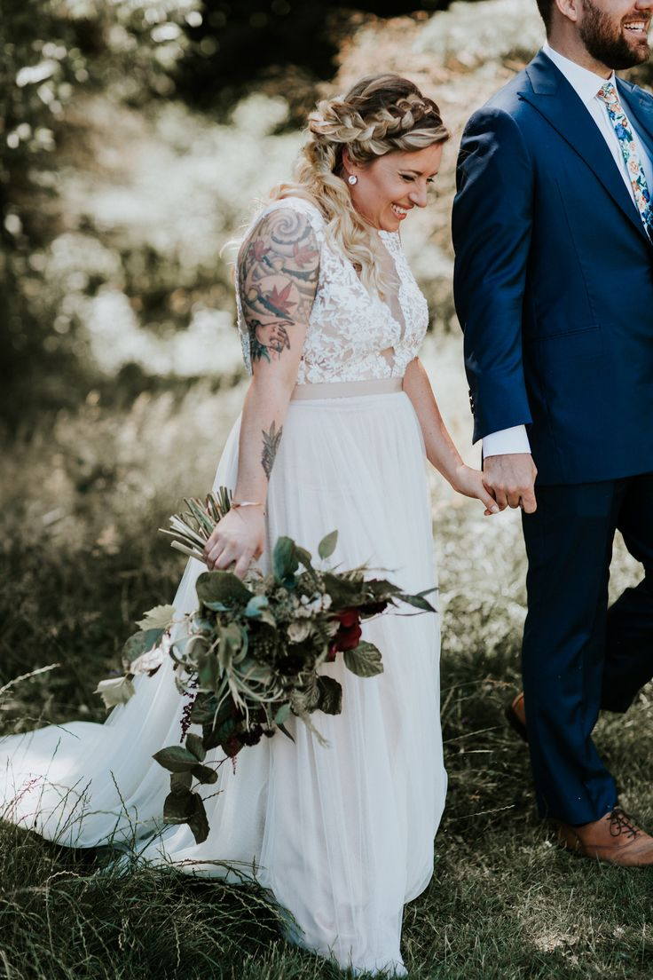 Wedding Planner – Stephanie Bradt  |  Florals – CJH Florals  |  Dress -Watters Wtoo  |  Invitations – Jordan Mackenzie  |  Makeup – Rawna Gammon  |  DJ – Johnny Bradt  |  Videographer – Chris Warner