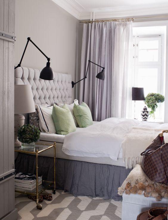 Vackert sovrum – så fixar du stilen Vackert sovrum i svala toner som gör det lättare för dig att koppla av, finna ro och få en god natts sömn. Grått, ljust lila och pistagegrönt är kulörerna....