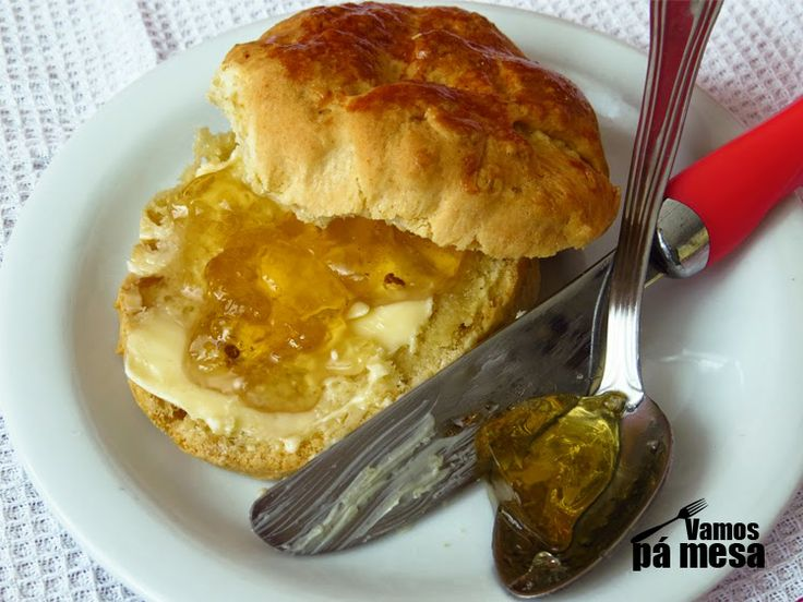 Scones with butter and quince jam