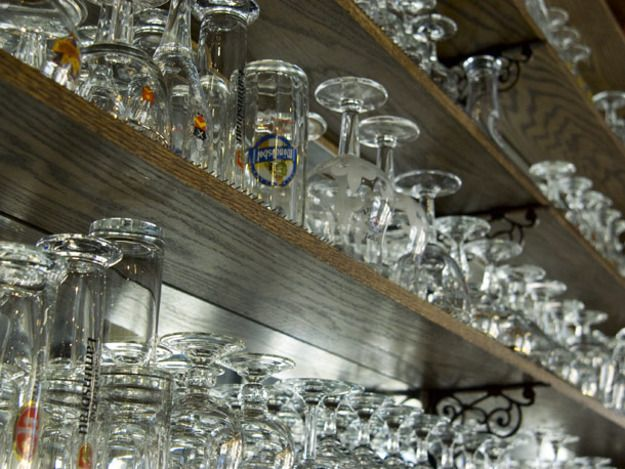 Beer Glassware: Does it Really Matter?   Serious Eats: Drinks-Mike Reis