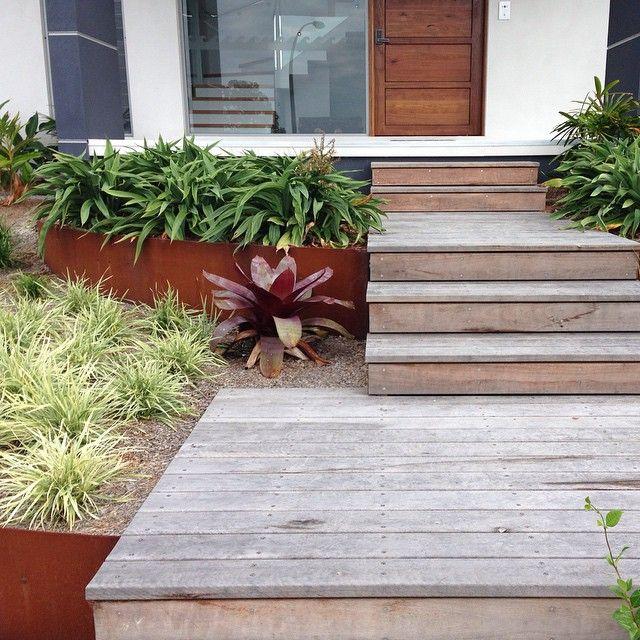 Details from a Tura Beach project  #corten #hardwoodsteps #frontgarden #alcantarea #gardendesign #podgardens