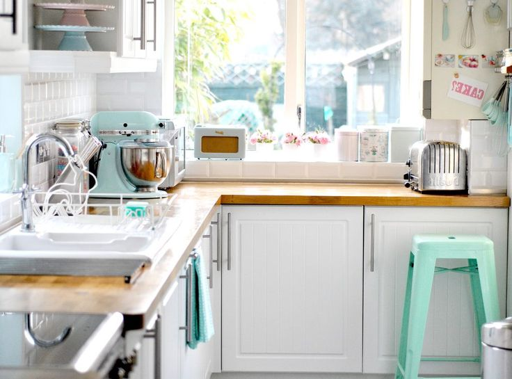 Cake Stand For Decorating Kitchen Eclectic With Pastel Colors Small Kitchen Appliances Small Kitchens