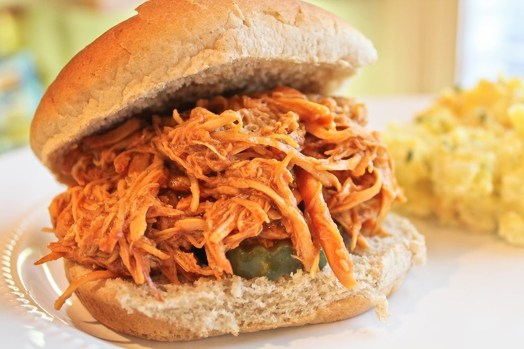 Pulled Chicken BBQ Sandwiches | i'm so hungry | Pinterest
