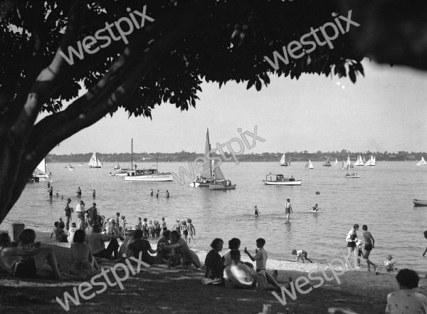Old Photos of Perth. This image available to purchase at westpix.com.au. Search for MOSMAN BAY. PEOPLE SWIMMING AND HAVING A PICNIC.