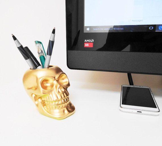 NEW Makeup Brush Holder Skull Brush Holder Candle by hodihomedecor