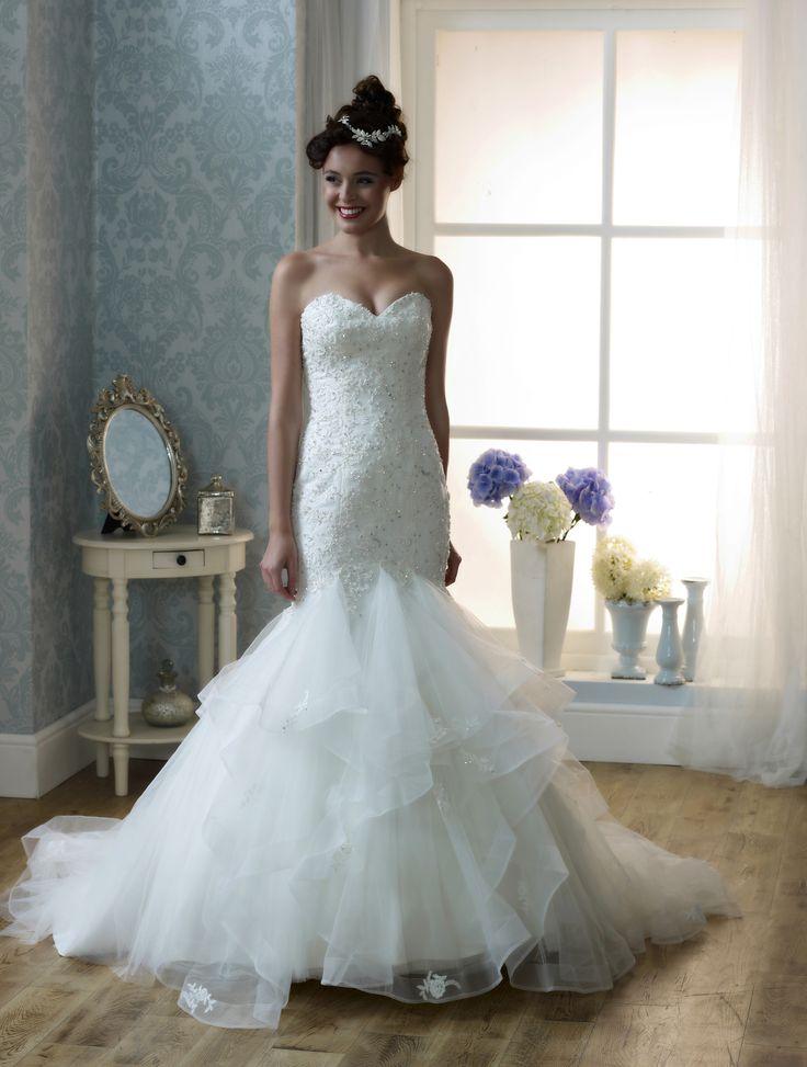 The 39 best Bridal Dresses images on Pinterest | Short wedding gowns ...