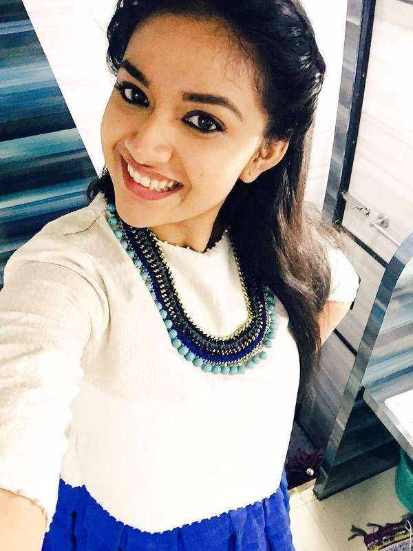 Keerthy Suresh has become the overnight sensation after the success of her debut film Rajini Murugan. She has bagged several biggies in her kitty later to that. Her recent release Thodari opposite Dhanush is also doing good business at the box office. Meanwhile the romantic drama Remo is also queued to hit the screens for this Diwali.  The recent update on her new films is that she is likely to pair with the stylish star Allu Arjun in his first Tamil film. The announcement of the Tamil…