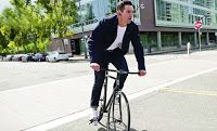 Google and Levies together have created 'Commuter Jacket' for cyclists. Google's new 'communicator trucker' has been kni...