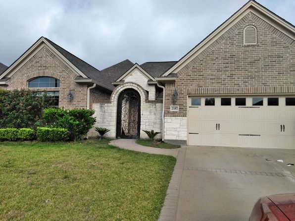 View 22 photos of this $288,500, 4 bed, 3.0 bath, 2072 sqft single family home located at 2187 Chestnut Oak Cir, College Station, TX 77845 built in 2011. MLS # 17017041.