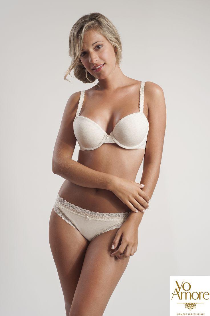 Los tonos claros son un #must en tu cajón de #lencería. #Bra y #Panty en #algodón semi hilo con detalles en encaje #aerie Cómpralo aquí: http://www.yoamore.com/collections/frontpage