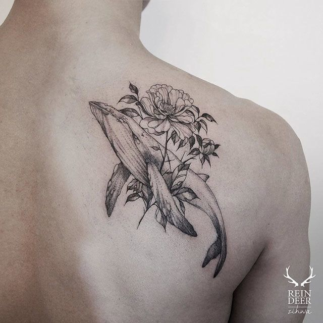 shoulder blade tattoo whale