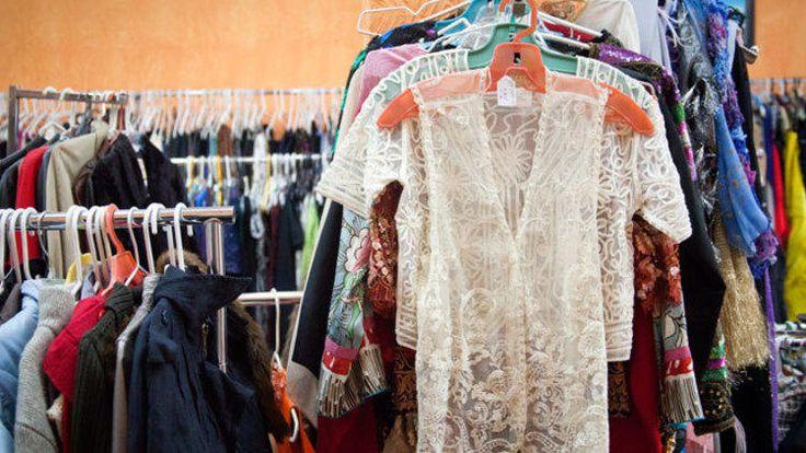 Una selección con las mejores tiendas de la Ciudad de México para comprar ropa, muebles y accesorios vintage.