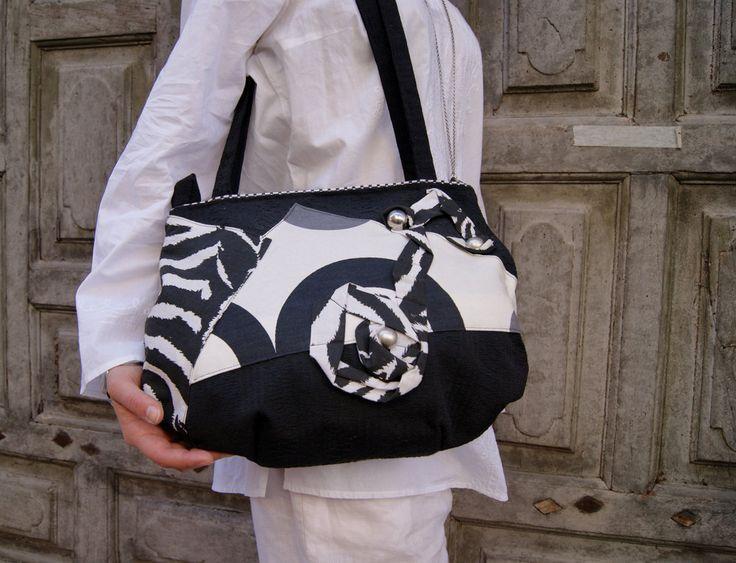 Trends 2015! Black and white big woman bag. Handmade by StrofediStoffa su Etsy