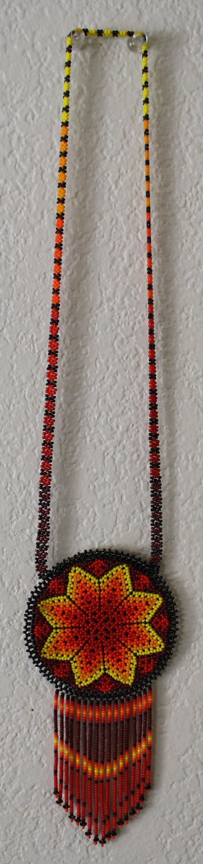 Handmade Star Pouch Beadwork Necklace por MiCasitaDeChaquira