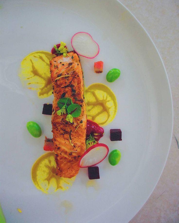 To much random imagination and taste in one plate  . . . #chefsofinstagram…