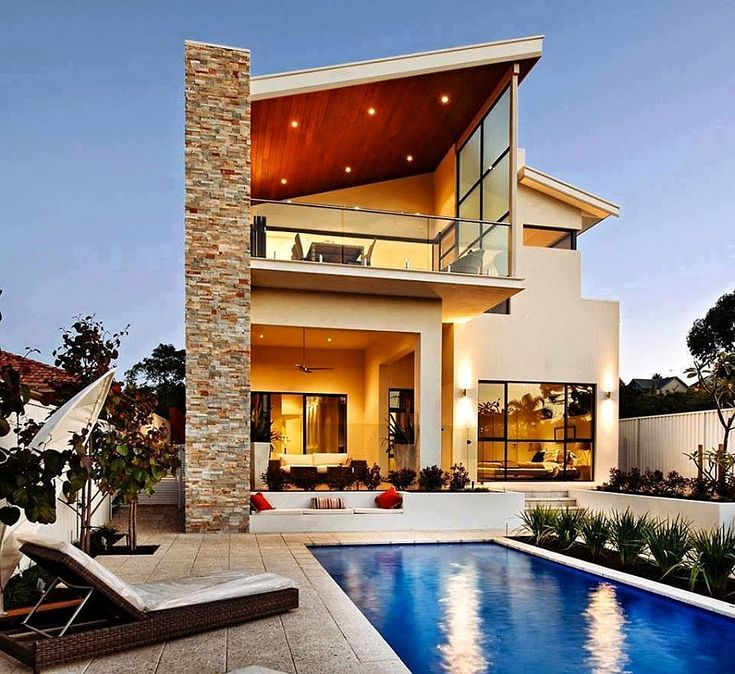 Expansive backyard complements the luxurious image of the Perth residence Scenic River Views And Indoor Outdoor Interplay Shape Classy Aussie Home