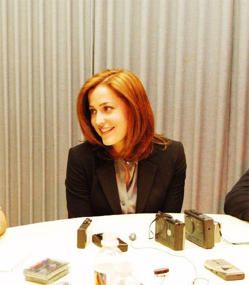 Agent Dana Scully / Gillian Anderson